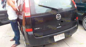 Transportaba droga en un automóvil robado en Tuxpan