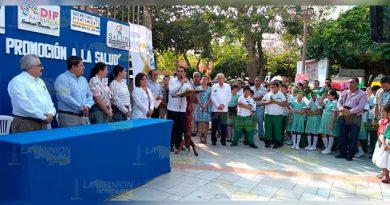 UV y ayuntamiento de Papantla, llevaron a cabo feria de Promoción de la Salud