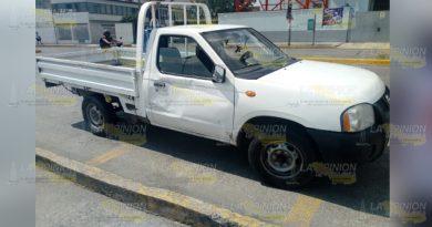 Da vuelta en U y choca en el centro de Tuxpan
