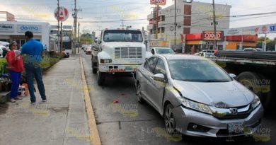 Carambolazo sobre la avenida Puebla de Poza Rica