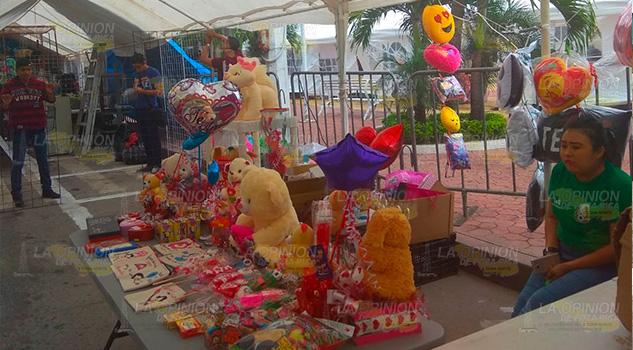 Comerciantes ya esperan el 10 de mayo en Tuxpan