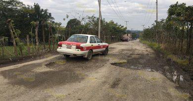 Comunidades de Papantla piden reparación de caminos