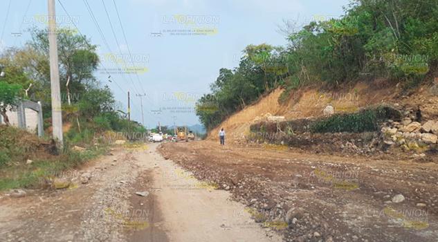 Constructoras retrasan avances de tramo carretero de las tres huastecas