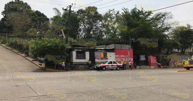 Continúa invasión de rutas en la cabecera municipal de Tihuatlán