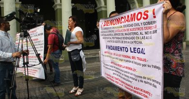 Deben a maestros del estado de Veracruz 10 meses de sueldo