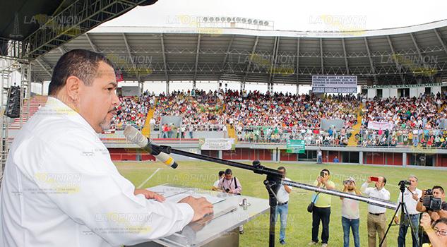 En unidad instalan comité de huelga Sección 30 en Poza Rica