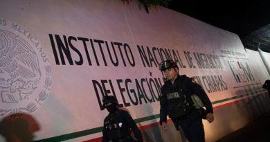Escapan 90 migrantes de estación en Chiapas