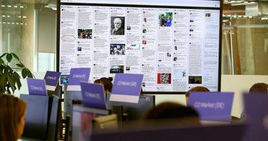Facebook cierra páginas de Infowars y personajes extremistas de EUA