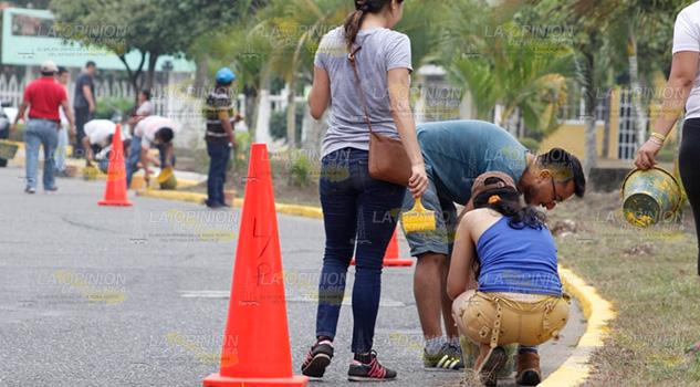 Hermosean avenidas en el Fraccionamiento Las Palmas en Poza Rica