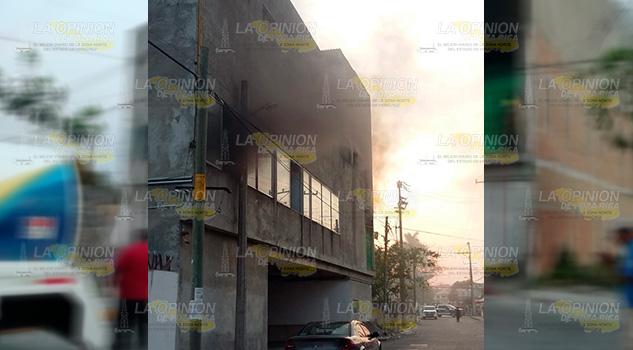 Hotel de Tuxpan en llamas