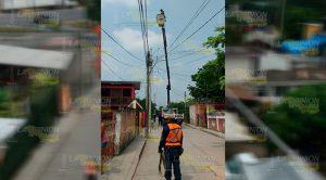 Mejoran la red de energía eléctrica en colonias de Álamo