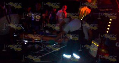 Padre e hijo mueren atropellados en galera pública de Lázaro Cárdenas