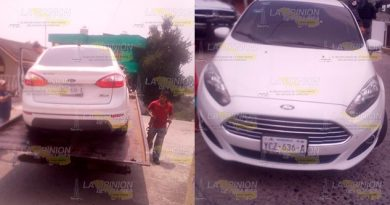 Retienen vehículo por traer vidrios polarizados en Tantoyuca