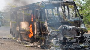 Se incendia un autobús de la línea Hola en la Tuxpan - Tampico