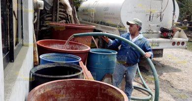 Se quejan por falta de agua en Naranjos
