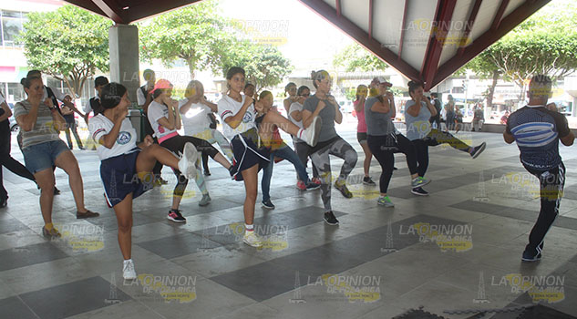 ¡Mujeres de Poza Rica, a la defensiva!