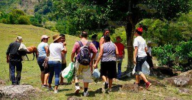 Al rescate de reservas turísticas en Coyutla voluntarios