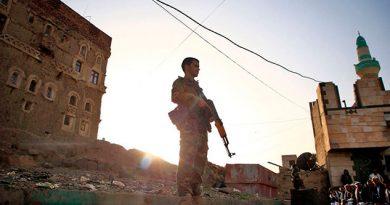 Ataque de rebeldes yemeníes a aeropuerto saudí hiere a 26 personas