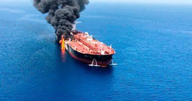 Ataques a petroleros avivan temor en mercado del crudo y Medio Oriente