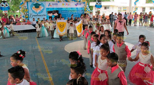 Egresarán niños mejor preparados de los CAIC-DIF en Álamo