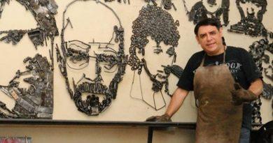 El escultor ecuatoriano que convierte el hierro reciclado en piezas de galería