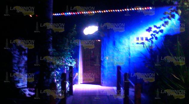Encuentran a persona muerta afuera de un bar en Naranjos