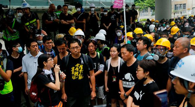 Gana la gente en Hong Kong; Gobierno se disculpa