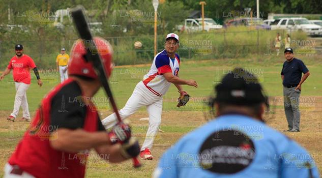 Lluvia de carreras en beisbol de veteranos