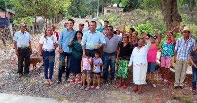Mejoran acceso en localidad de Francisco Villa, Tihuatlán