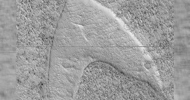 NASA descubre logotipo de Star Trek en Marte