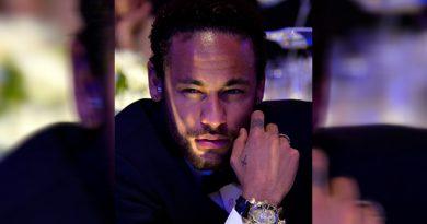 Neymar exhibe fotos y videos explícitos de la mujer que lo acusa de violación
