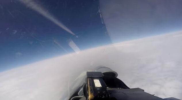 Rusia intercepta aviones espía de E.U.A y Suecia