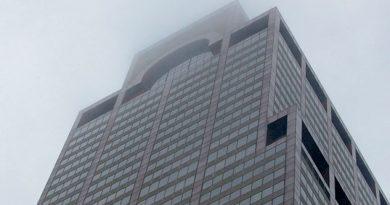 Un helicóptero se estrella contra un edificio de 54 pisos en Nueva York