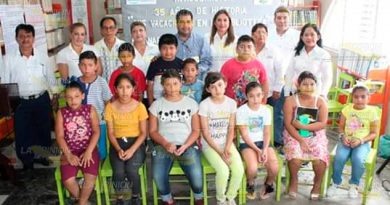 Alcalde de Naranjos inaugura el curso de Mis vacaciones en la Biblioteca