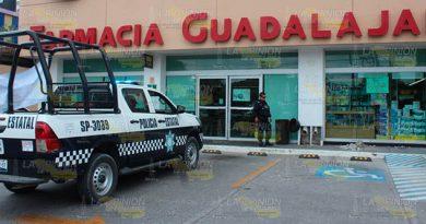 Asaltan a empleados de farmacia en Poza Rica
