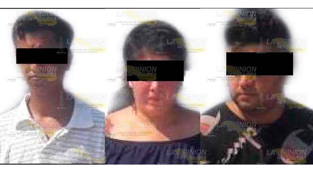 Aseguran a dos hombres y una mujer con billetes falsos en Tihuatlán