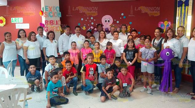 Con cien niños arranca Mis Vacaciones en la Biblioteca en Coatzintla