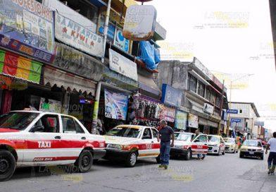 Crisis pega a taxistas de Poza Rica