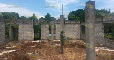 En abandono construcción de albergue en comunidad de Tuxpan