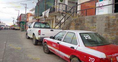 Mujer denuncia a taxista por desaparición de su hija en Chicontepec