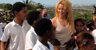 Shakira, llena de satisfacción tras logro de joven egresada de su fundación