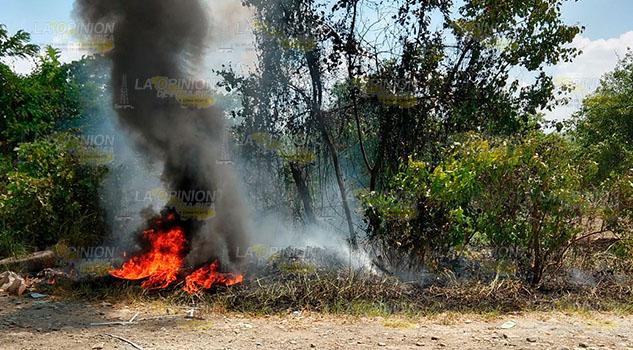 Sofocan conato de incendio en colonia de Álamo