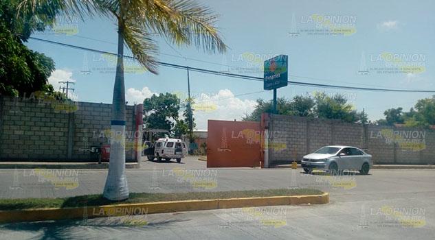 Sujetos asaltan banco a mano armada en Tuxpan