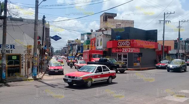 Taxistas de Naranjos piden cursos para Tramitar la licencia tipo A