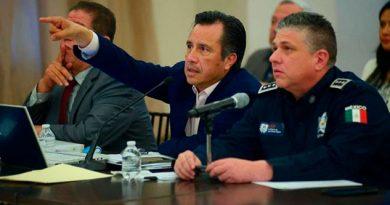 """Va Cuitláhuac contra fiscales por """"complicidad"""" con delincuencia"""