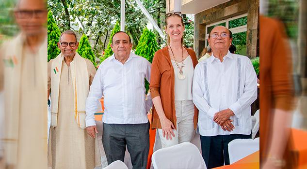 Alcalde de Poza Rica presente en Aniversario de Independencia de la República de la India