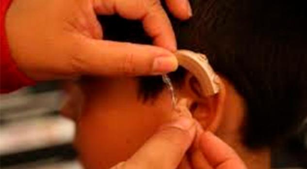 Apoyará DIF a personas que requieran aparatos auditivos en Poza Rica