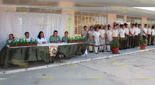 Autoridades de Naranjos inauguran ciclo escolar