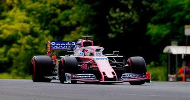 Checo Pérez, eliminado en la Q1 después de un incidente con Ricciardo
