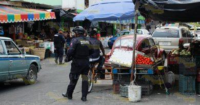 Despejan vialidad en la calle Mina de Poza Rica